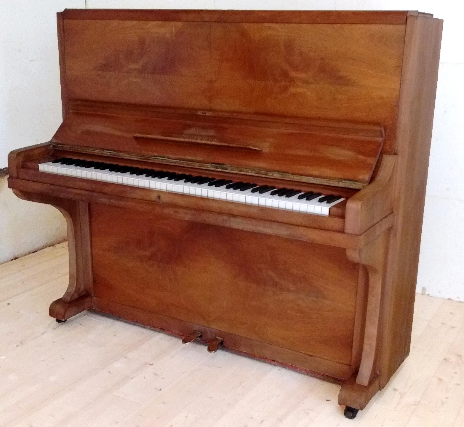 Piano Grotrian Steinweg