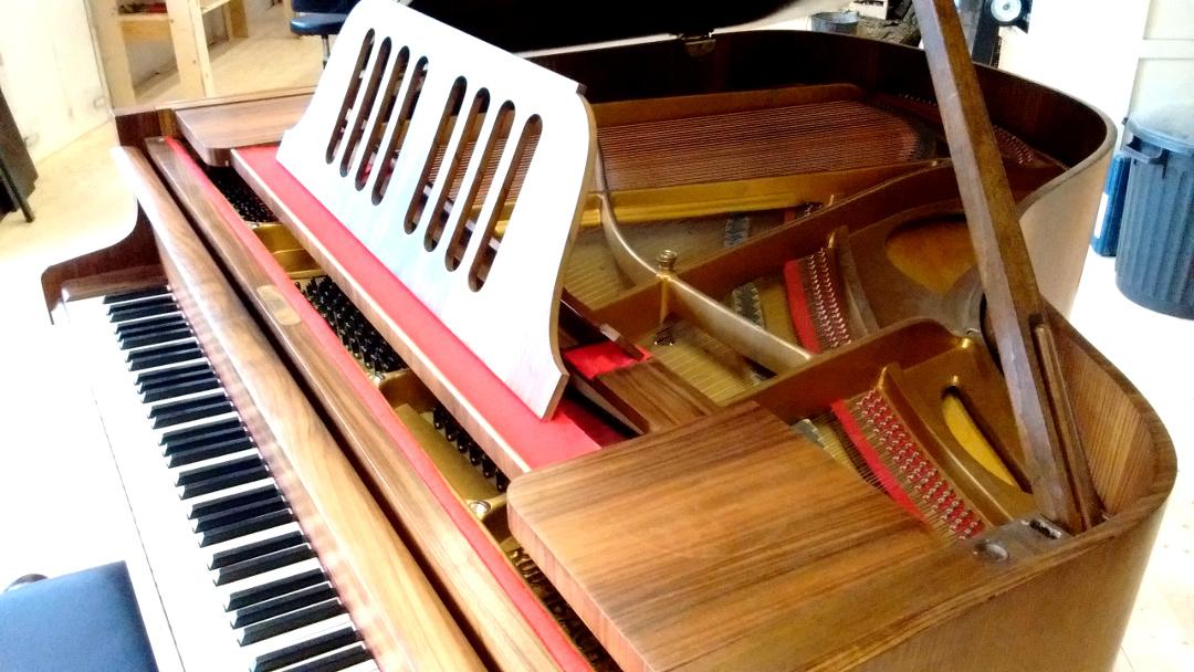 piano à queue allemand IBACH